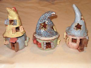 """Cours de poterie pour enfants. Stage de poterie pour enfants. Atelier de poterie """"de Terre et d'ici"""" Bouc Bel Air Aix-en-Provence"""