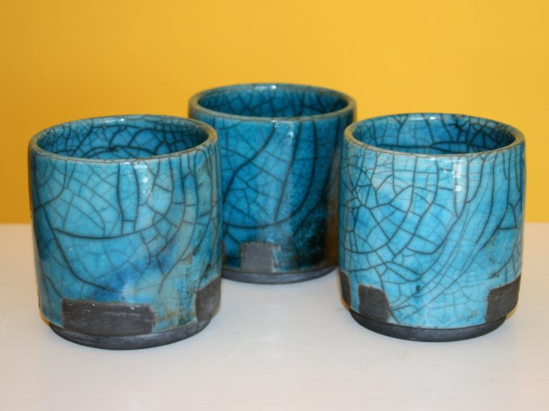 """RAKU. Four à raku. Stage de raku. Atelier de poterie """"de Terre et dici"""" à Bouc Bel Air. Aix en Provence. Marseille"""