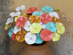 """Céramiques artisanales. Valérie d'Enfert. Cours de poterie. Atelier de poterie """"de Terre et d'ici"""" Bouc Bel Air. Aix-en-Provence. Marseille."""