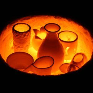 """RAKU. Four à raku. Stage de raku. Raku nocturne. Atelier de poterie """"de Terre et dici"""" à Bouc Bel Air. Aix en Provence. Marseille"""